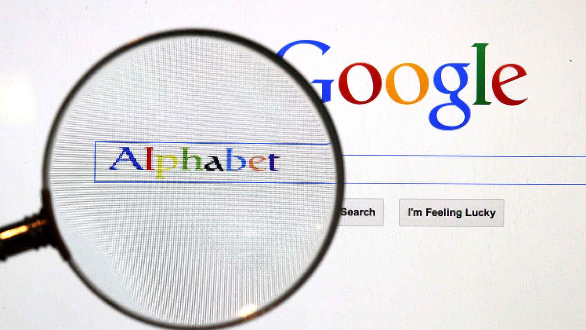 Враг конкуренции № 1: США начали судиться с Google