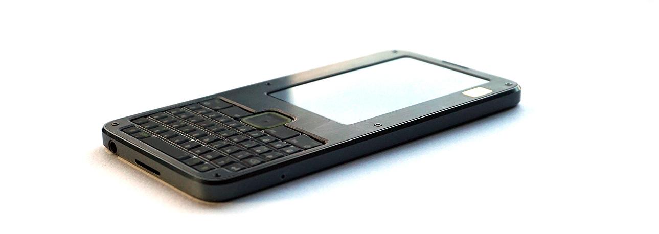 Представлена платформа Precursor для создания свободных мобильных устройств